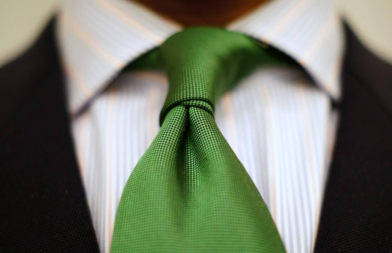 cravatta telecamera
